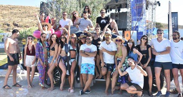 Bozcaada'da renkli festival...