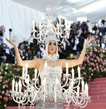Katy Perry'nin şarkısı çalıntı çıktı