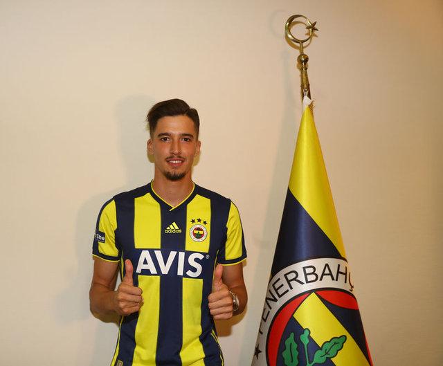 Son dakika: Fenerbahçe'de gidecek oyuncular belli oldu - FB son dakika transfer haberleri