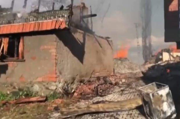 Çorum'da feci yangın! 7 ev kül oldu