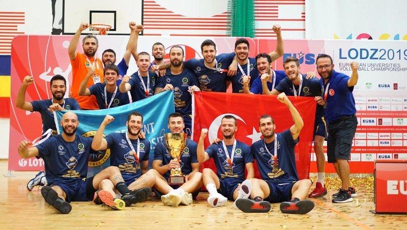 Beykent Üniversitesi Erkek Voleybol Takımı