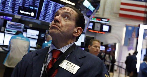 """Küresel piyasalar """"kur savaşı"""" endişeleriyle negatif"""