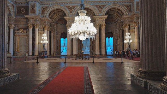 Osmanlı İmparatorluğu'nun bayramlaşma salonu 163 yıldır görenleri hayran bırakıyor