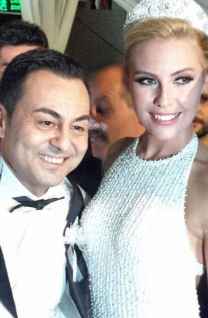 Chloe Loughnan ile boşanan Serdar Ortaç, nafaka iddialarına son noktayı koydu - Magazin haberleri