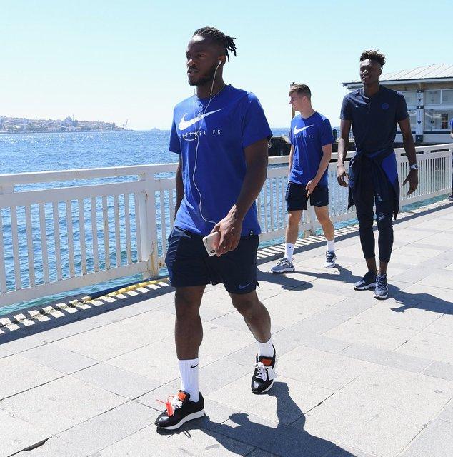 İstanbul'da Süper Kupa öncesi heyecan artıyor! Chelsea'nin boğaz keyfi! Chelsea Liverpool maçı ne zaman, hangi kanalda?