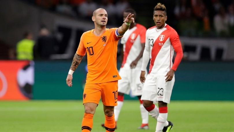 Wesley Sneijder - Hollanda basınında Galatasaray'ın eski yıldızının vedası: 'Büyük Dörtlü'nün son ismi de gitti'