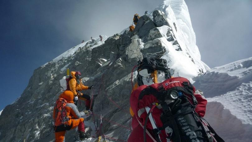 Everest Dağı - Nepal hükümetine tavsiye: 'Tırmanış izni için tecrübe şartı aransın'