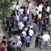 Taksim'i karıştıran kavga! Polis silah çekti
