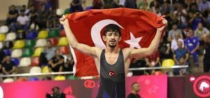 Kerem Kamal dünya şampiyonu!