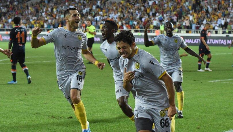 Yeni Malatyaspor 3 - 0 Başakşehir | MAÇ SONUCU - MAÇ ÖZETİ