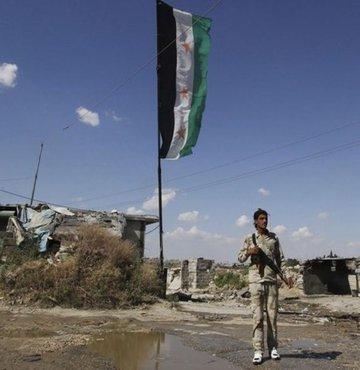 Esad rejimi Han Şeyhun'un kontrolünü ele geçirdi