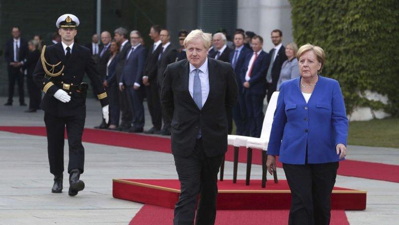 Boris Johnson başbakan olarak ilk ziyaretini Almanya'ya yaptı