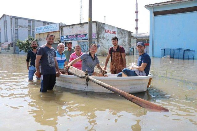 Son dakika! 4 aylık yağış 1 günde düşünce Venedik'e döndü - Haberler