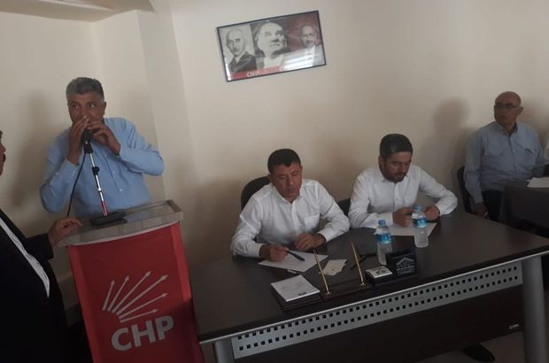 CHP'li üye, CHP toplantısında ateş açtı