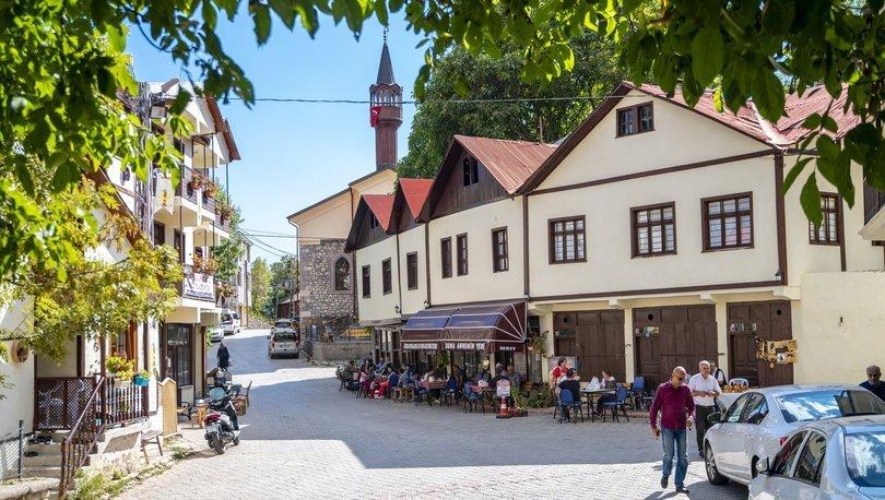 Tarihi Tamzara Mahallesi turizmle yaşıyor