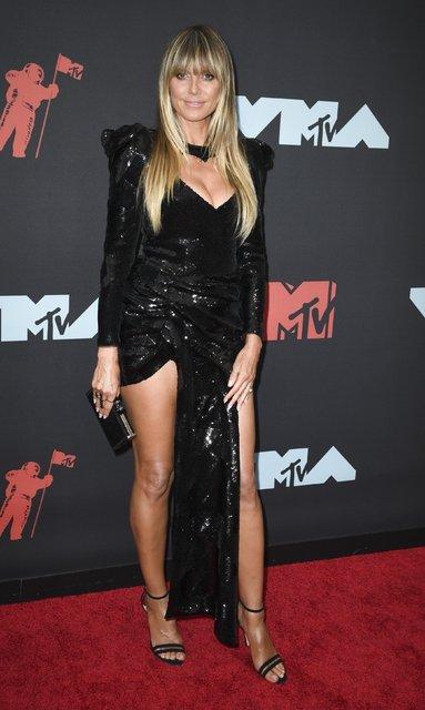 MTV Video Müzik Ödülleri kırmızı halısında sıra dışı görüntüler!