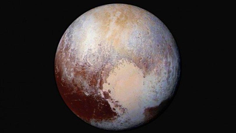 NASA Başkanı Plüton'un gezegen olduğuna inanıyor