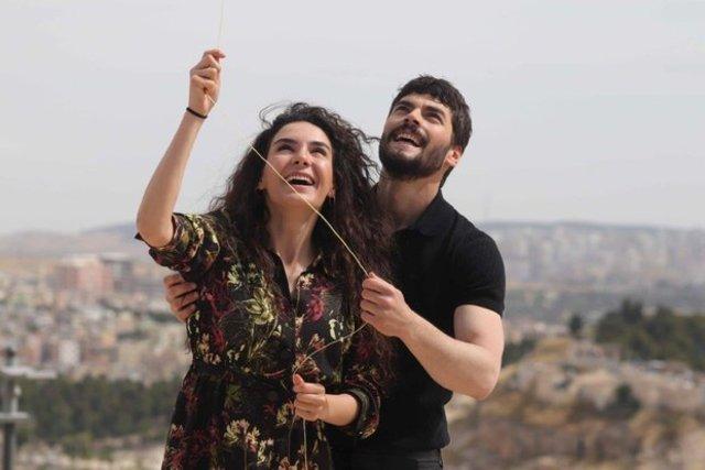 Ebru Şahin kimdir, kaç yaşında? Hercai Reyyan isminin anlamı