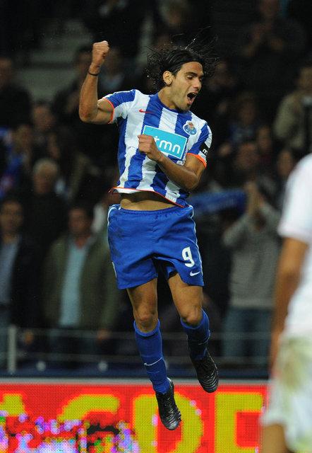 Radamel Falcao kimdir? Falcao'nun kariyeri attığı goller - Falcao'nın oynadığı takımlar - Radamel Falcao'nun lakabı
