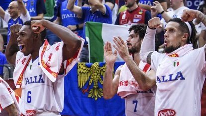 İtalya farklı kazandı