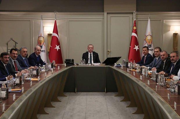 AK Parti'de ihracı istenen isimlerden açıklama