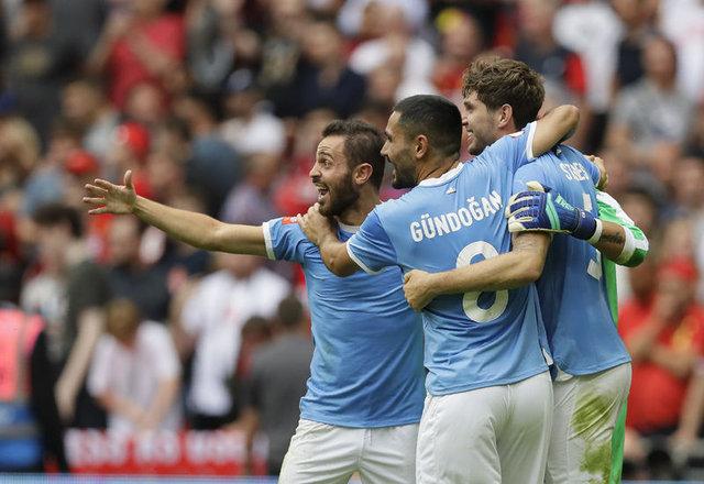 Manchester City'nin kadrosu tarihe geçti!