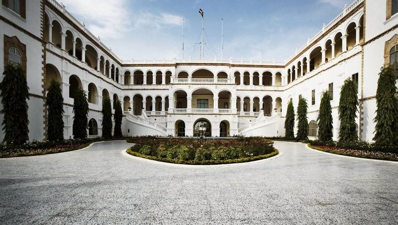 Ömer el Beşir davası: 'Milyonlarca doları saraydaki bir odada tutuyordu, anahtarı sadece kendisine vardı'