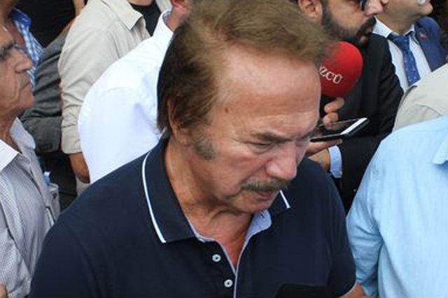 Süleyman Turan'ı son yolculuğuna uğurlayan Kadir İnanır: Bir gün benim için de gelirseniz çok sevinirim - Magazin haberleri 2019