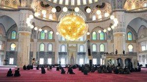 13 Eylül Ankara Cuma namazı saat kaçta?