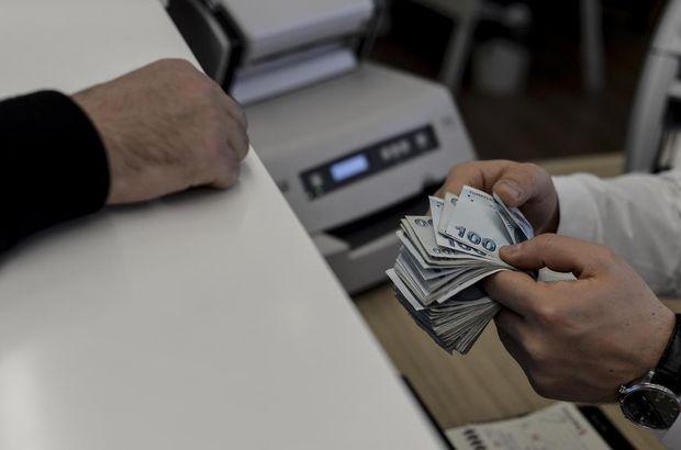 Bankalar birer birer faiz indiriyor