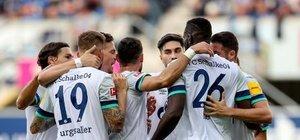 Schalke 04, Türk futbolcularıyla kazandı!