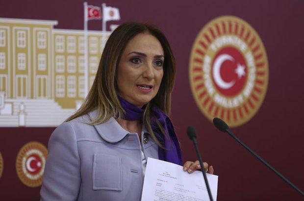 CHP, Aylin Nazlıaka'yı affetti!