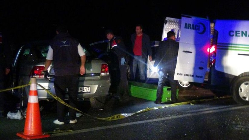 Nevşehir'de iki otomobil kafa kafaya çarpıştı: 3 kişi hayatını kaybetti 2 kişi yaralandı