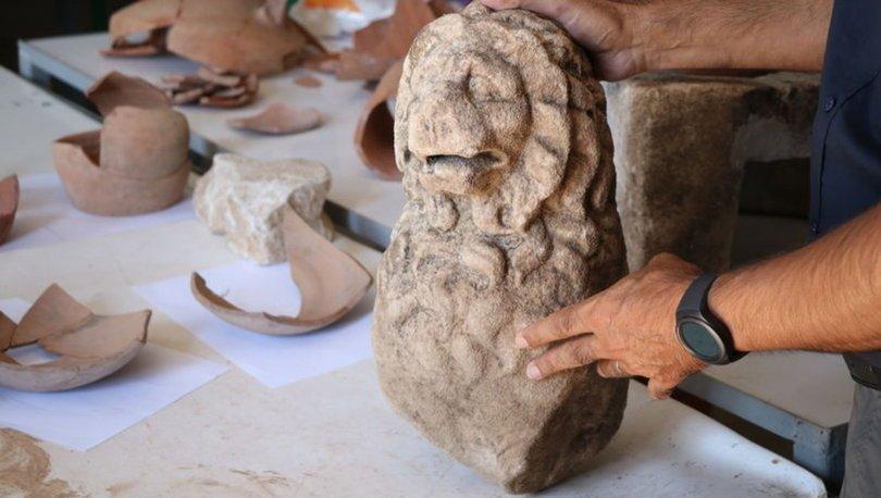 2 bin 200 yıllık aslan heykeli