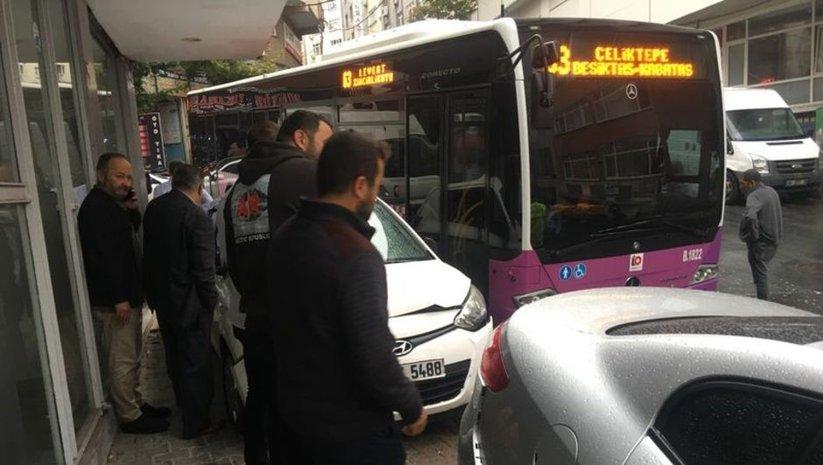 Kağıthane'de otobüs 5 araca çarptı! Yaralılar var