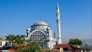 İzmir Cuma namazı saat kaçta?