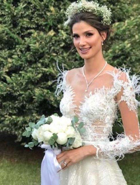 Model Gizem Kayalı ile Murat Binici evlendi