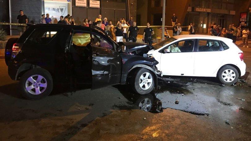 Antalya'da zincirleme trafik kazası! 2 ölü, 6 yaralı