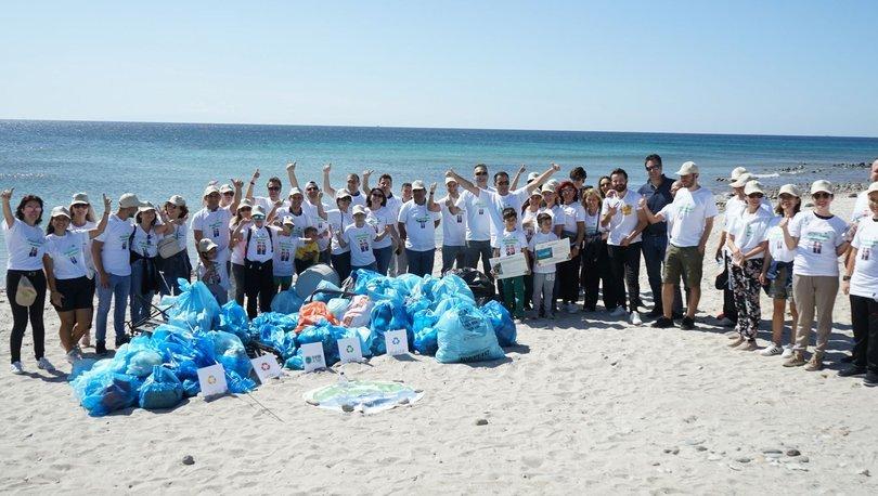 Bir sahilden 230 kg atık