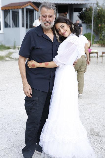 Hamdi Alkan'dan kızı Zeynep Alkan'a övgü dolu sözler