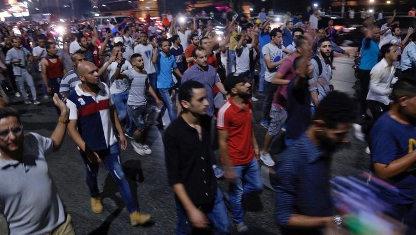 Times: Mısır lideri Sisi bir milyon kişilik protesto eylemine hazırlanıyor