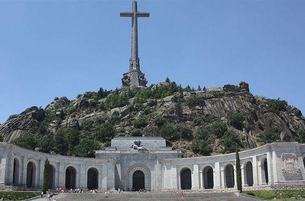Diktatör Franco mezarından çıkarılacak!