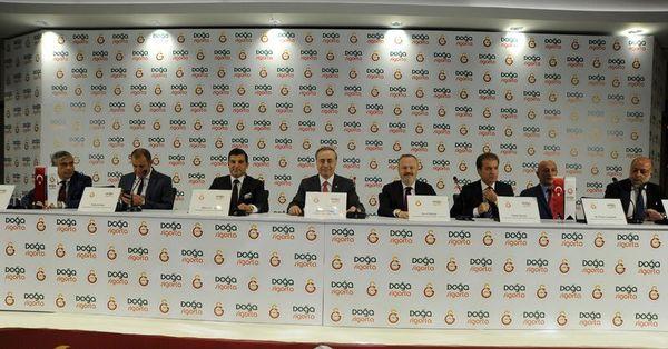 Galatasaray bizi gururlandırıyor