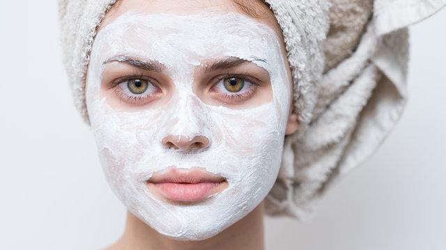 Siyah noktalar için doğal maske tatifleri!