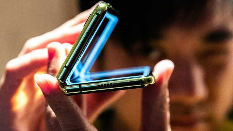 Ekran değişimi ücretleri ne kadar? Galaxy Fold zirveye oturdu...