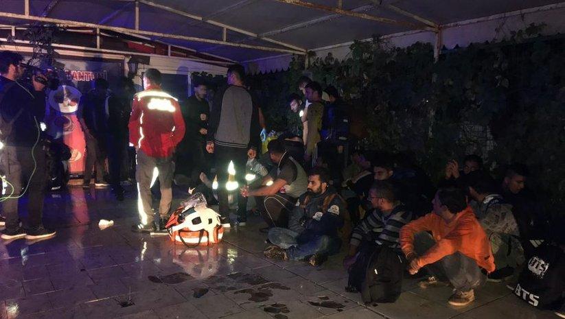 Arnavutköy'de can pazarı! Göçmenleri taşıyan TIR kaza yaptı