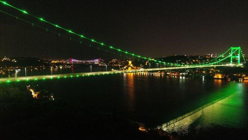 İstanbul, Serebral Palsi için yeşile büründü