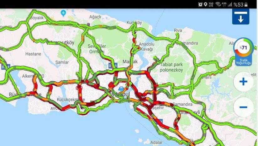 İstanbul trafiği felç!
