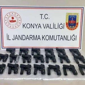 Konya'da ruhsatsız silah operasyonu!