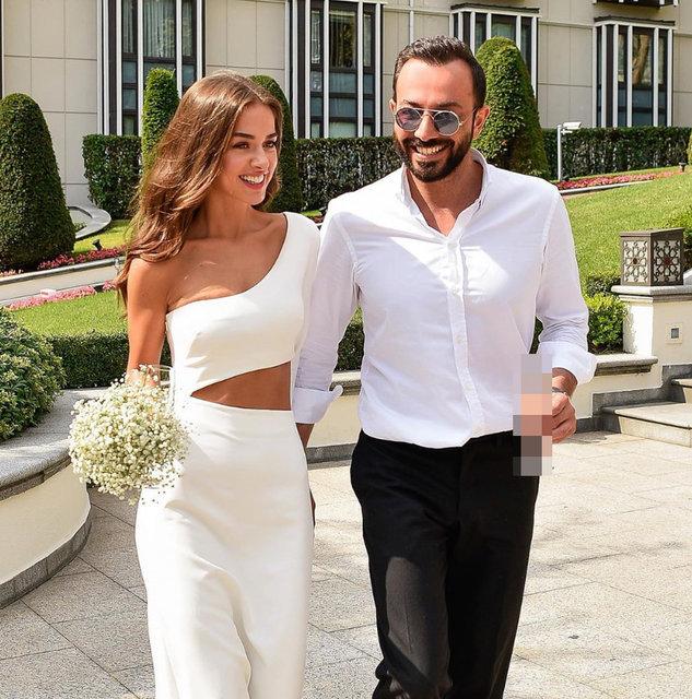 Bensu Soral eşi Hakan Baş'ın doğum gününü kutladı: Hep tam buramda ol - Magazin haberleri Instagram